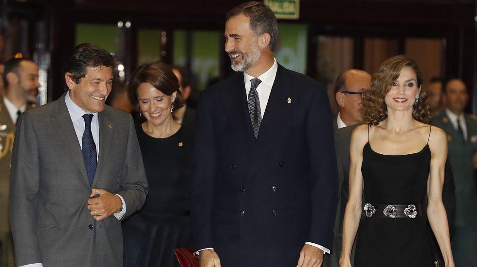 Fernández, Sanjurjo y los Reyes Felipe y Letizia