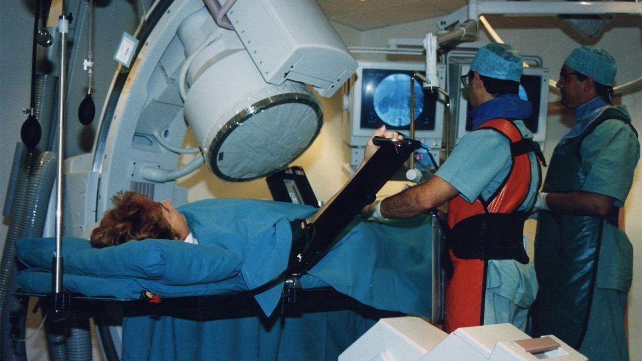 Recibe una cura casera y anestesia de caballo tras ser pateada por una yegua