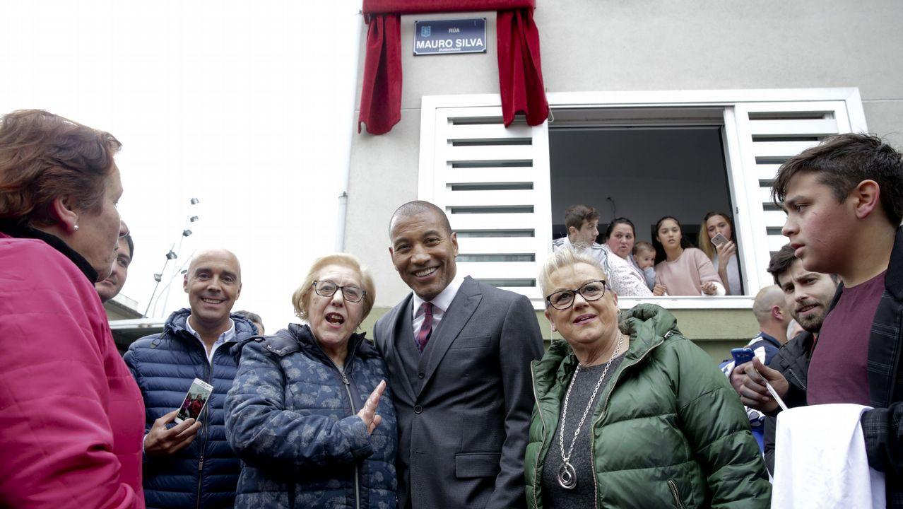 La inauguración de la calle Mauro Silva, en imágenes.Carlos Pita y Álex Bergantiños, en el Dépor-Lugo del 2013