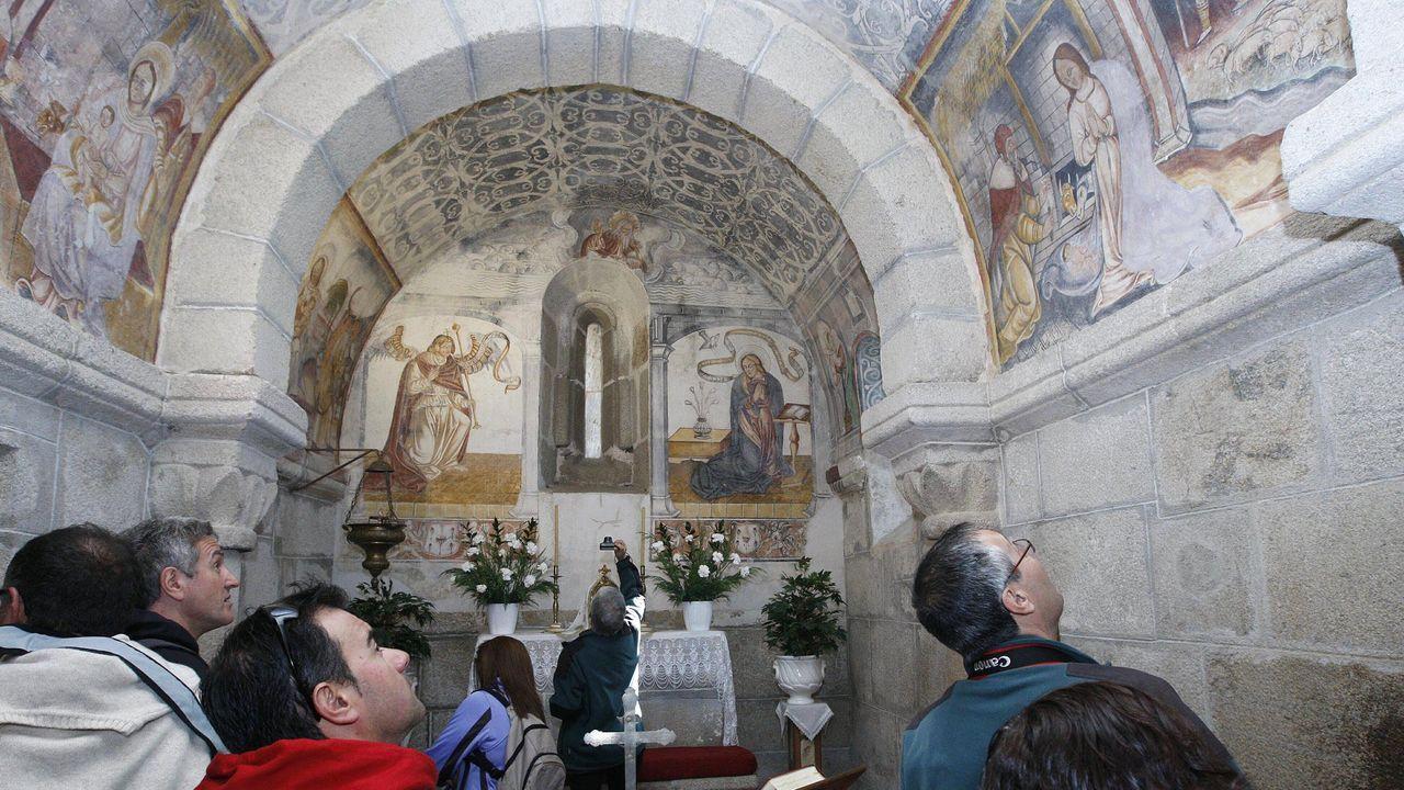 Interior de la iglesia de Santa María de Proendos, en Sober