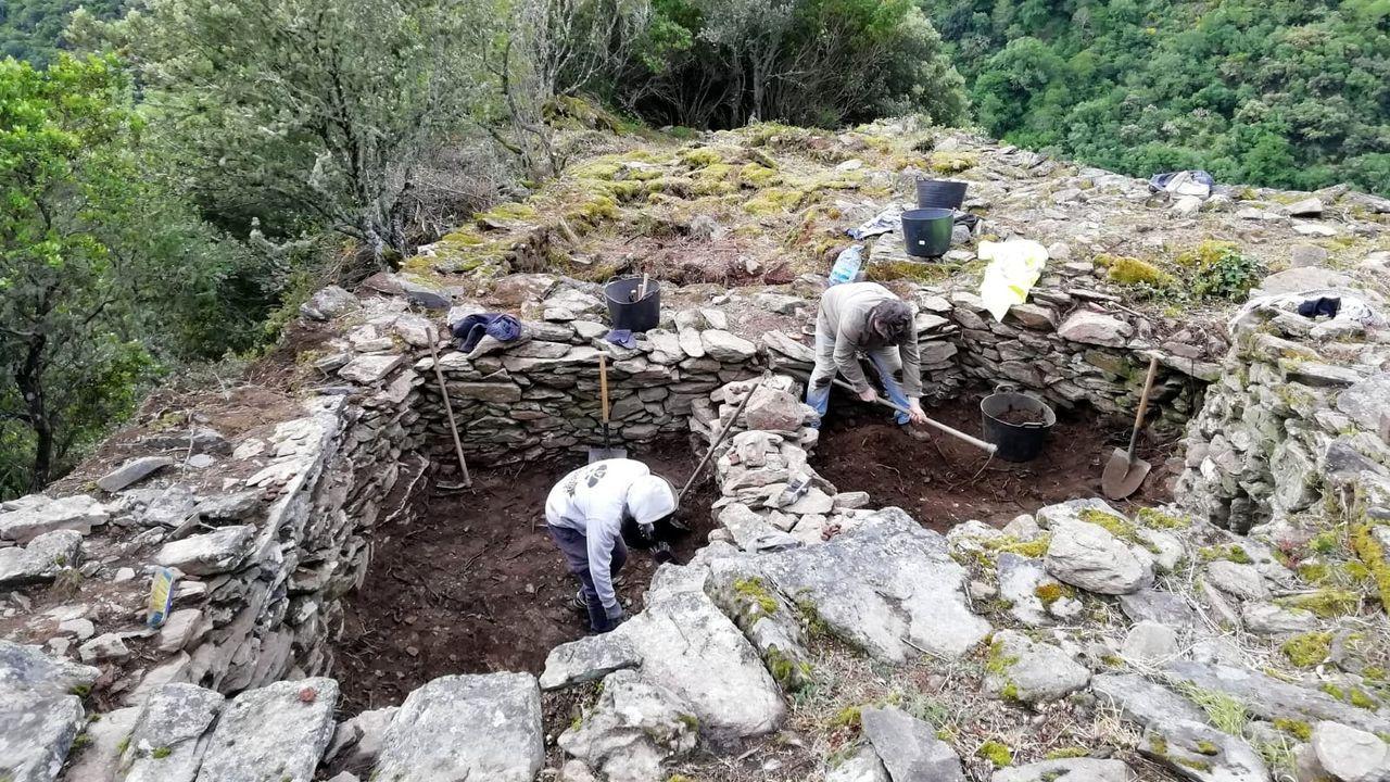 En la parroquia de Vilachá de Salvadur, de A Pobra do Brollón, se están buscando los rastros de un monasterio medieval desaparecido