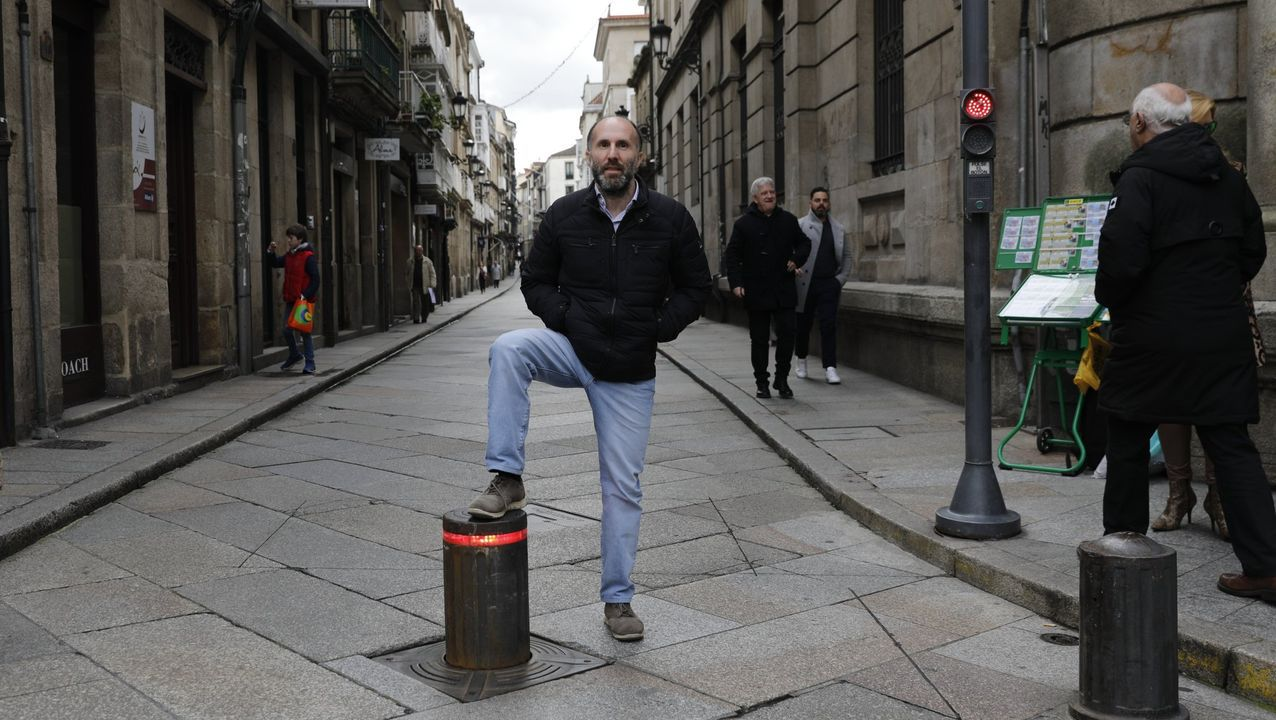 Gonzalo Pérez Jácome, alcalde de Ourense, el día que ordenó bajar los bolardos