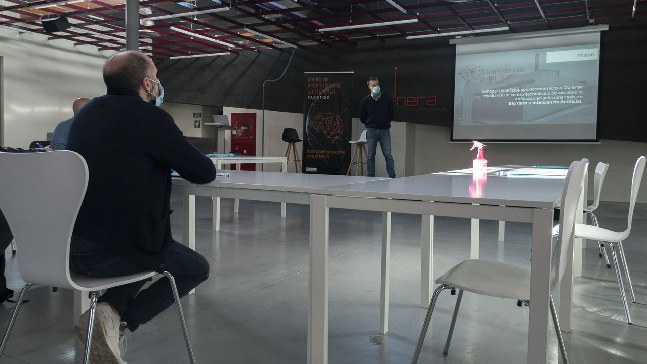 El alcalde celebró el mes de noviembre la apertura del centro de IA