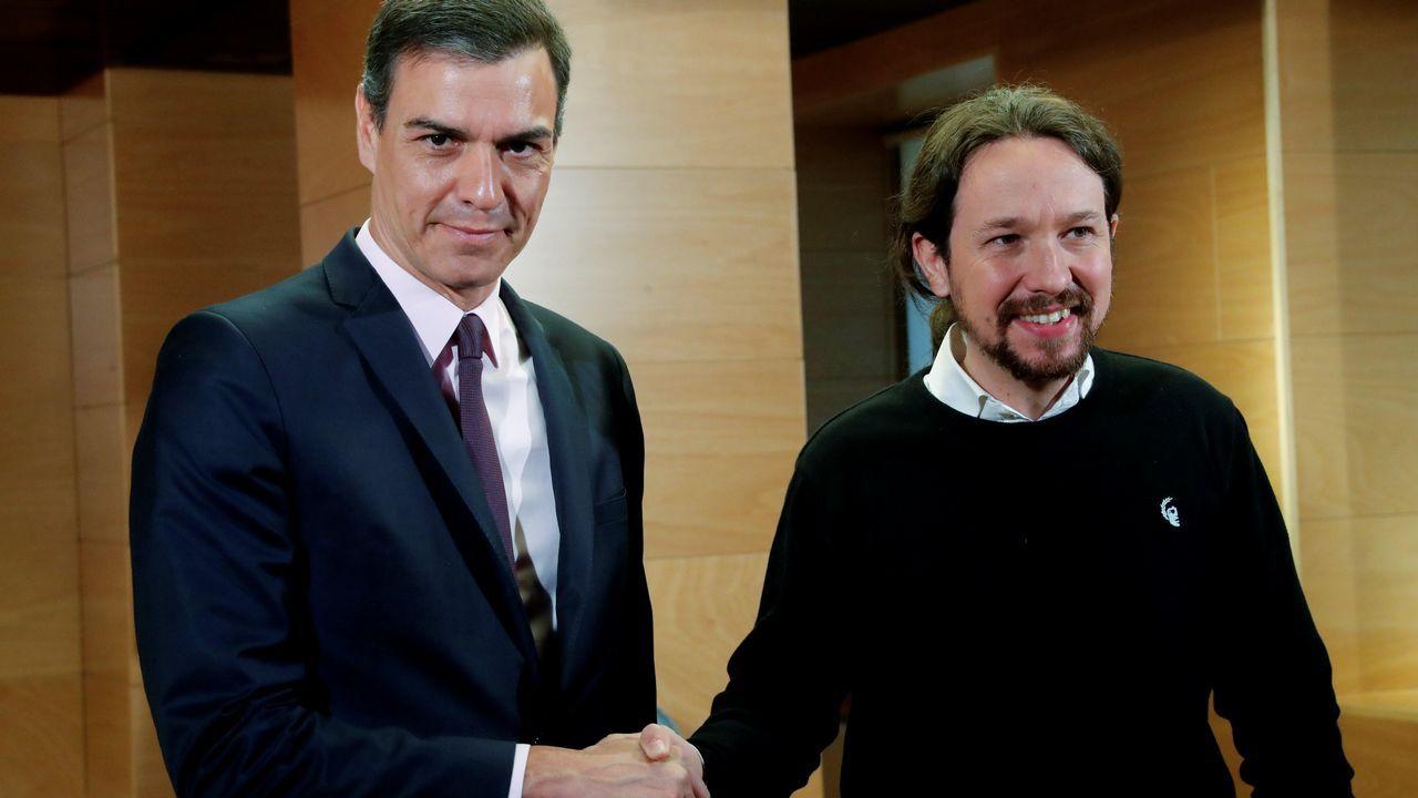 Iglesias revela que Sánchez le ha ofrecido un «Gobierno de cooperación».Almeida y Villacís se dan la mano en una foto distribuida por Ciudadanos