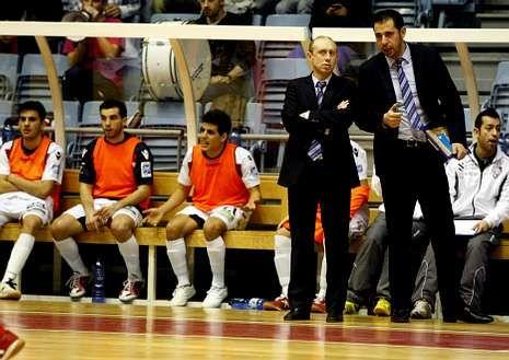 Santi Valladares y Mon Barreiro, en un partido de Liga.