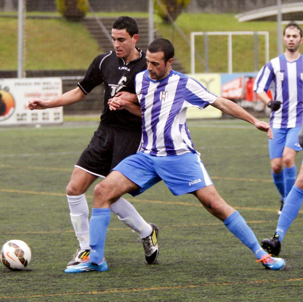 El Arzúa se impuso el domingo al Dumbría por 3-1.