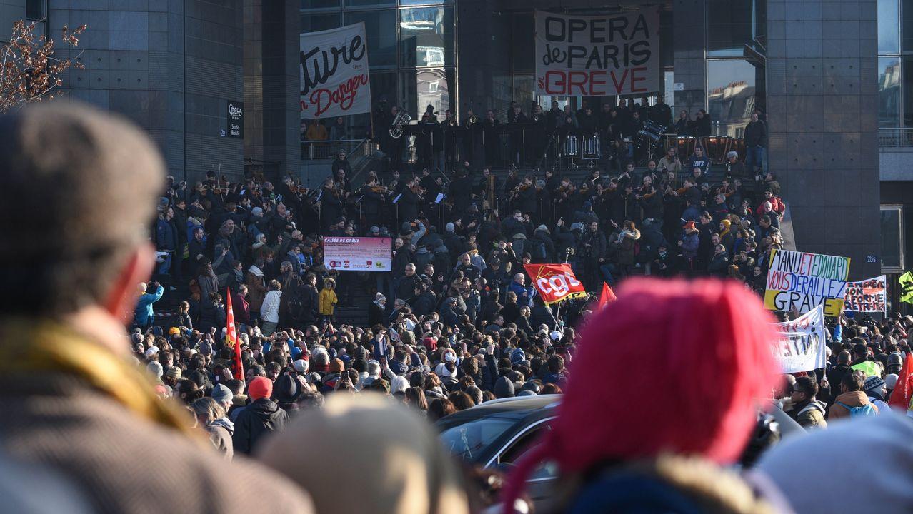 Los paros en el transporte continuarán hoy, después de 36 días consecutivos de huelga por la reforma de las pensiones