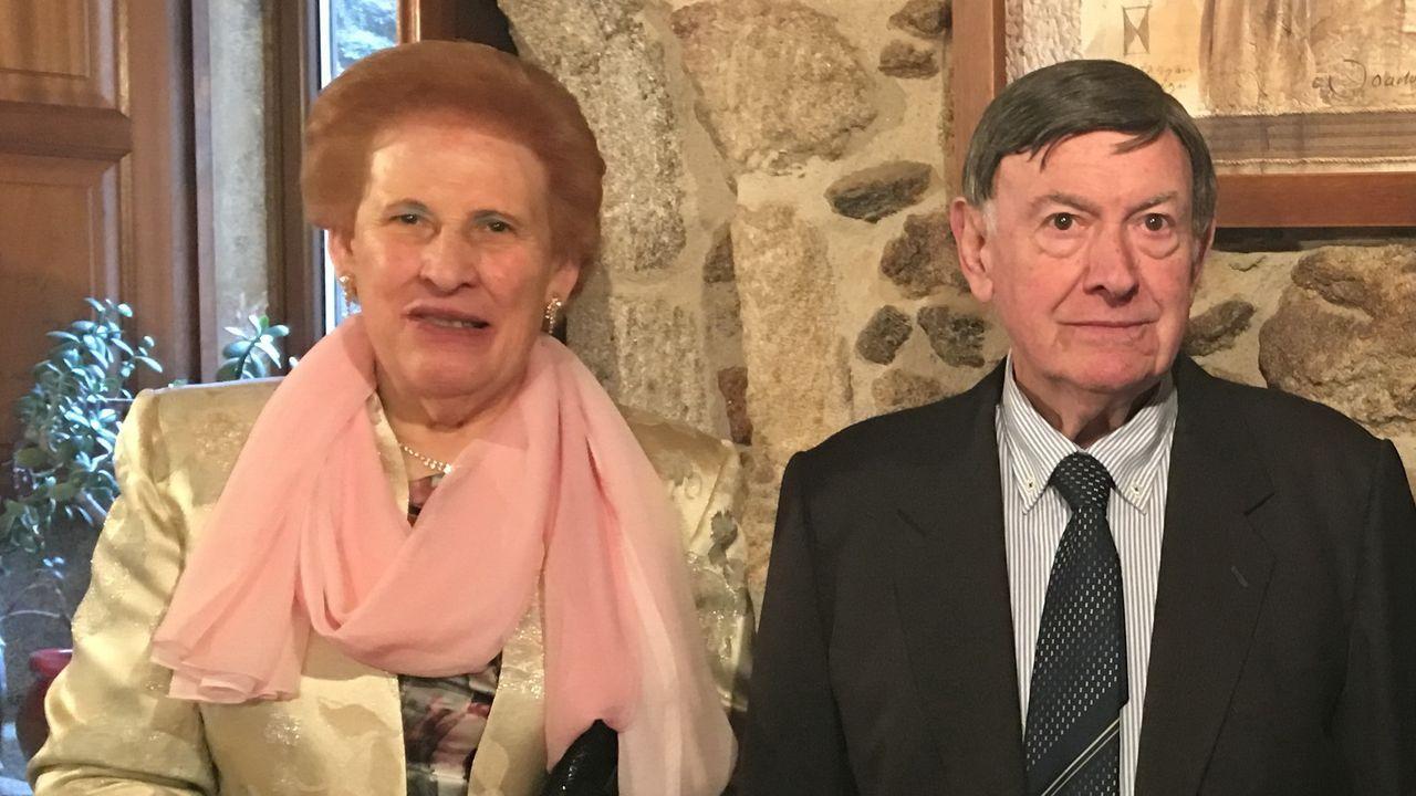 Milagros Manuela Coto, con su marido, Manuel Rolando Fernández, fallecido hace un año, en una imagen tomada en el 2019