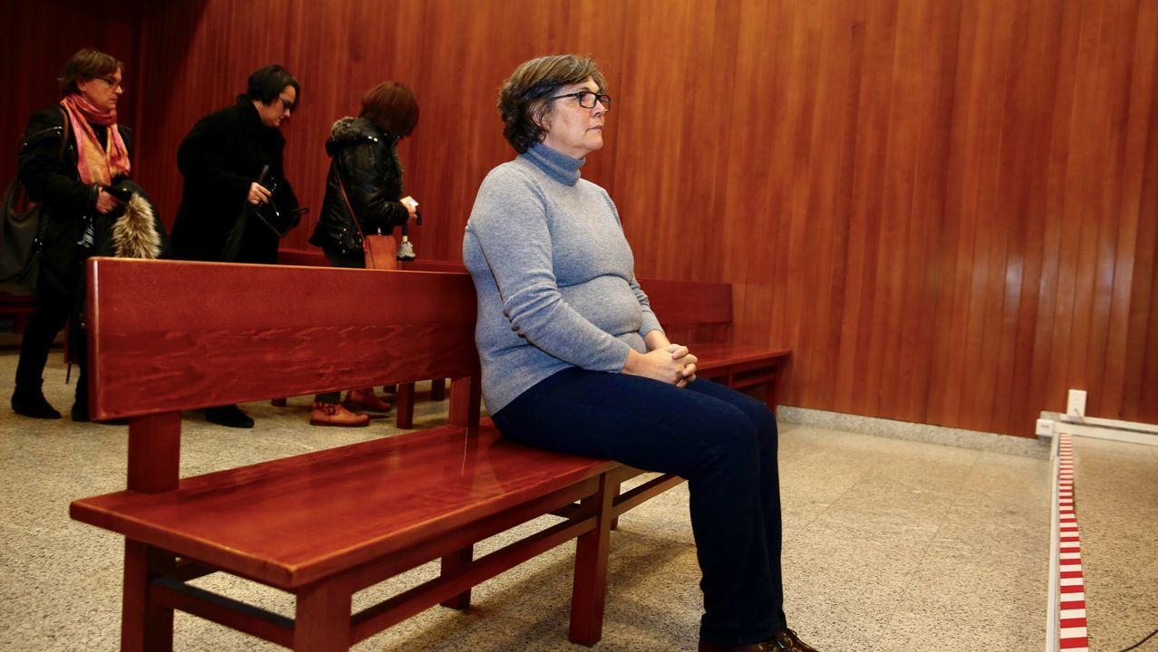 Marea y BNG, unidos en su protesta contra el grupo mixto en el pleno de Vigo