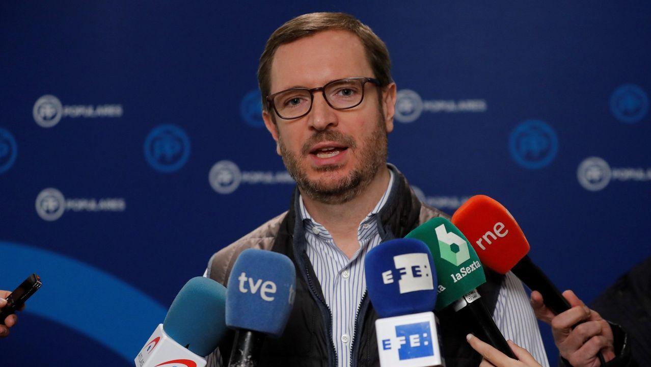 Cristina Cifuentes: «No pienso dimitir. He dicho la verdad».Javier Maroto