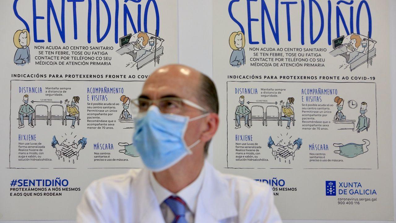 El conselleiro de Sanidad, durante la rueda de prensa en la que ha informado del cierre de A Mariña