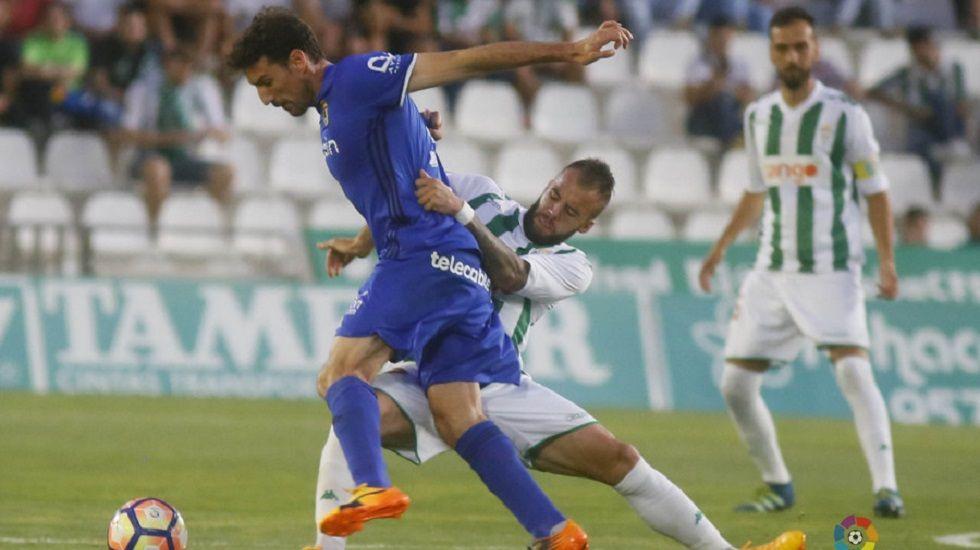 Costas y Torró se lamentan en el encuentro de ayer