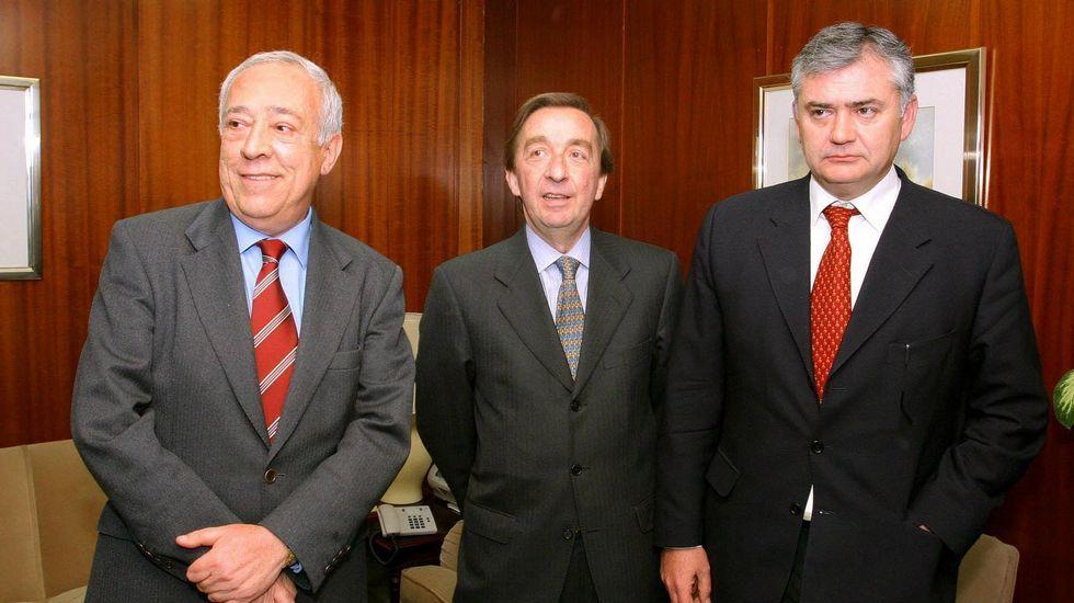 Alvia.El fiscal jefe de la Audiencia Provincial de Málaga, Manuel Villén; el fiscal jefe Anticorrupción, Antonio Salinas; y el fiscal Antimafia, Juan Carlos López Caballero, de izquierda a derecha.