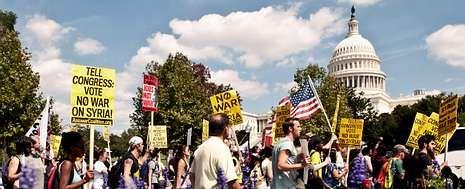 El Capitolio fue el centro de otra marcha contra la intervención en Siria, a la que se oponen el 51 % de los estadounidenses.