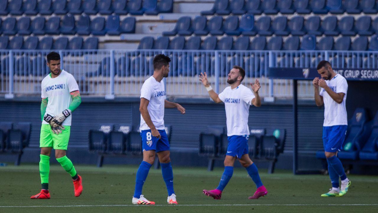 penalti Real Oviedo Deportivo Carlos Tartiere.Los jugadores del Oviedo celebran el gol de Ortuño a Las Palmas