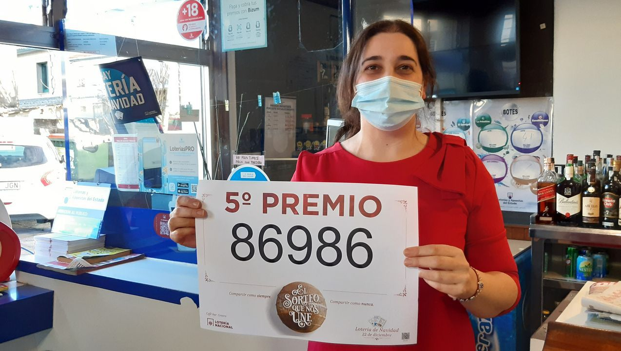 El 86986, un quinto premio, muy repartido por Galicia.En la zona coruñesa se vendieron varios décimos. La imagen corresponde a Bergondo