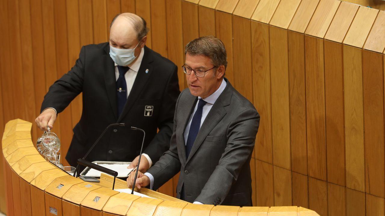 El discurso de investidura de Feijoo.Pontón, tras la intervención de Feijoo, en los pasillos del Parlamento