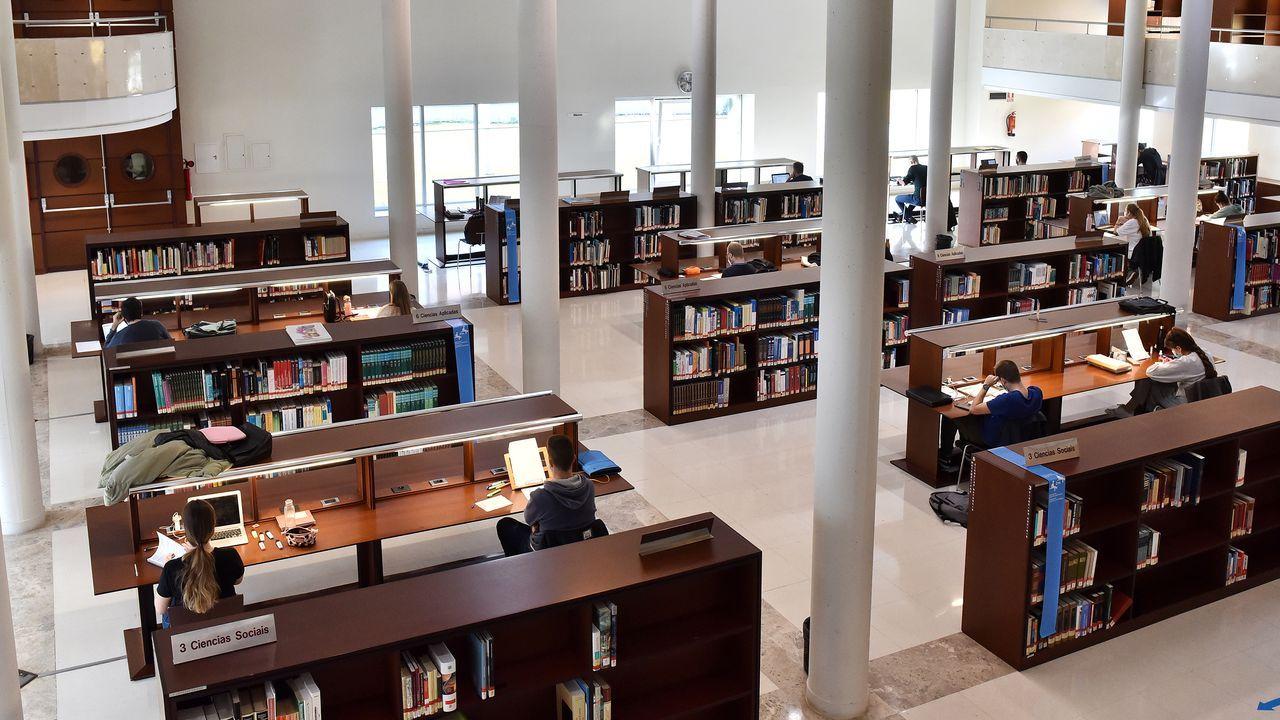 Aforos completos para leer. La Biblioteca Pública González Garcés también retoma las actividades culturales, como el taller de este sábado para conmemorar el nacimiento de Rosalía de Castro. El aforo, limitado al 30 % tanto en estas iniciativas como en la sala de lectura, estuvo ayer completo