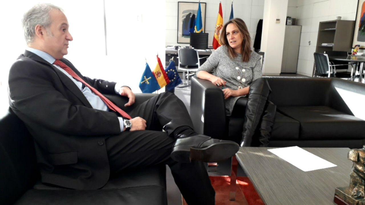 Residencia de estudiantes Gijón.Reunión entre Rita Camblor, consejera de Presidencia del Principado, con Jesús María Chamorro, presidente del Tribunal Superior de Justicia de Asturias (TSJA)