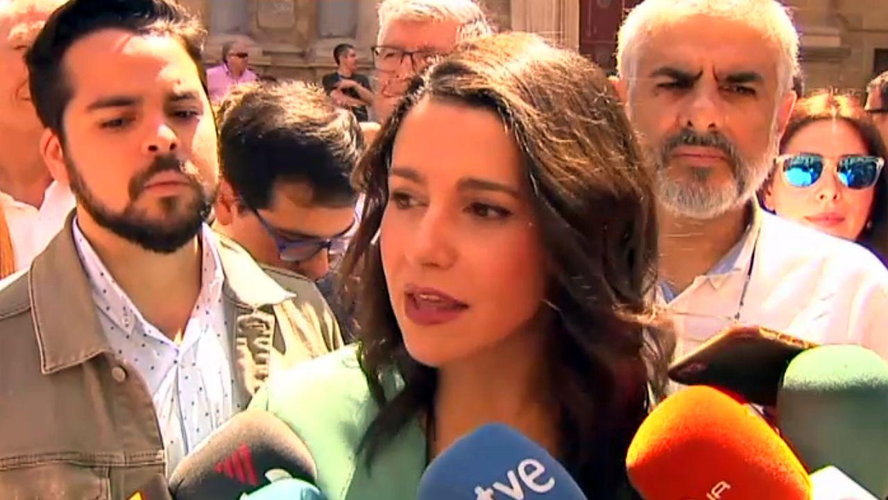 Arrimadas ve «preocupante» que Pedro Sánchez «confunda» Cataluña con Torra