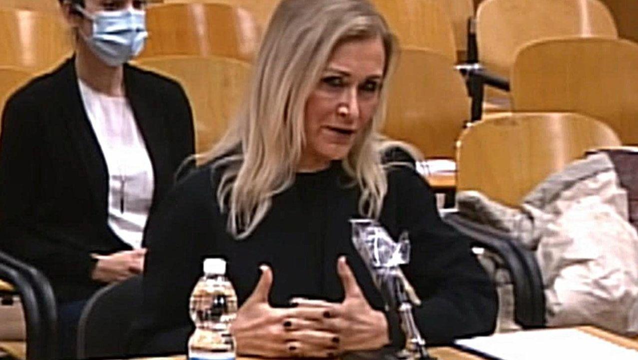 Cifuentes niega haber pedido que falsificaran las actas de su máster.La expresidenta madrileña Cristina Cifuentes, en una sesión del juicio por el caso Máster