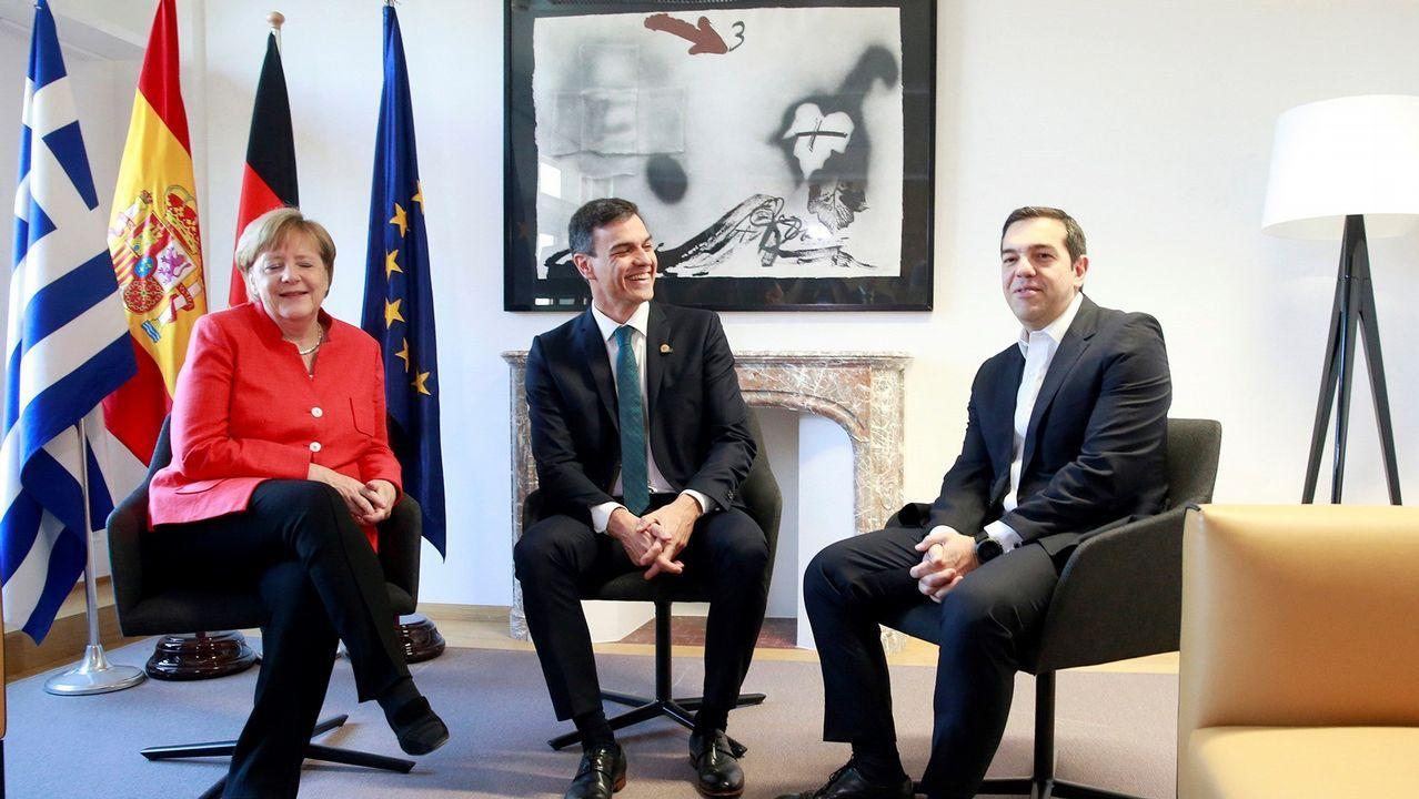 Así fue la llegada del Open Arms a Algeciras.Fotografía cedida por la presidencia del Gobierno con Merkel, Sánchez y Tsipras