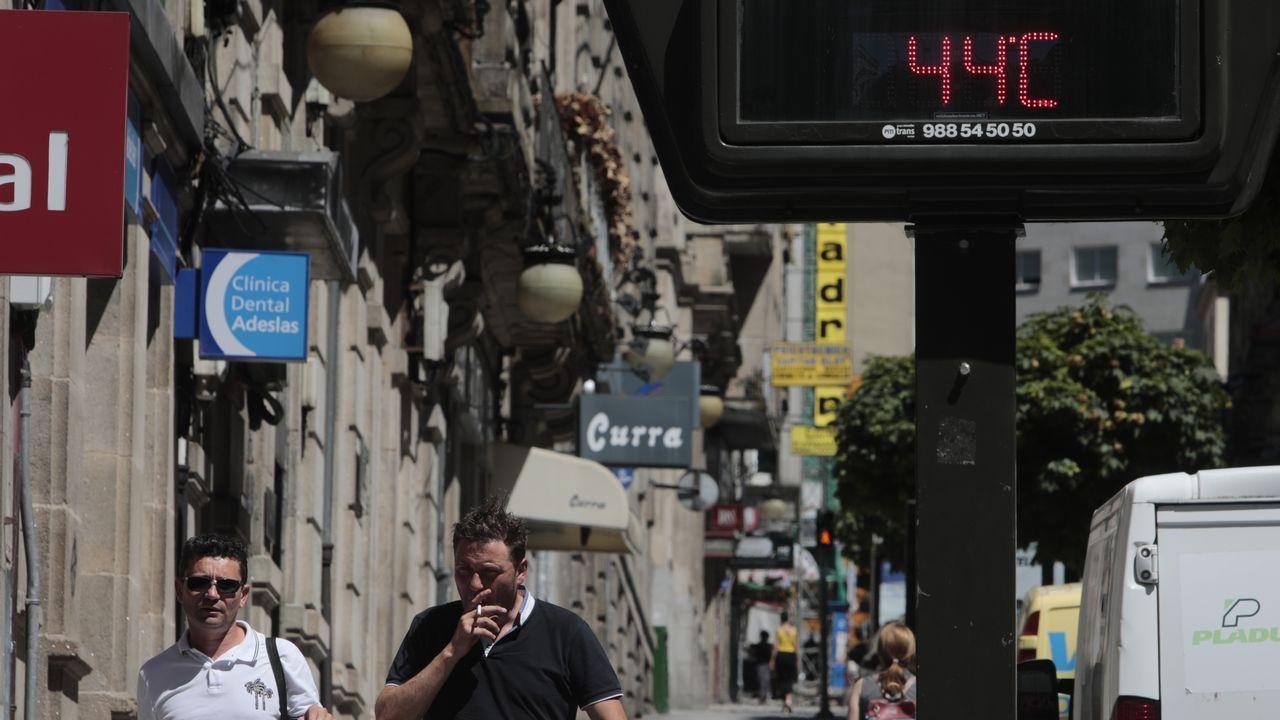 44 grados en un termómetro de Ourense
