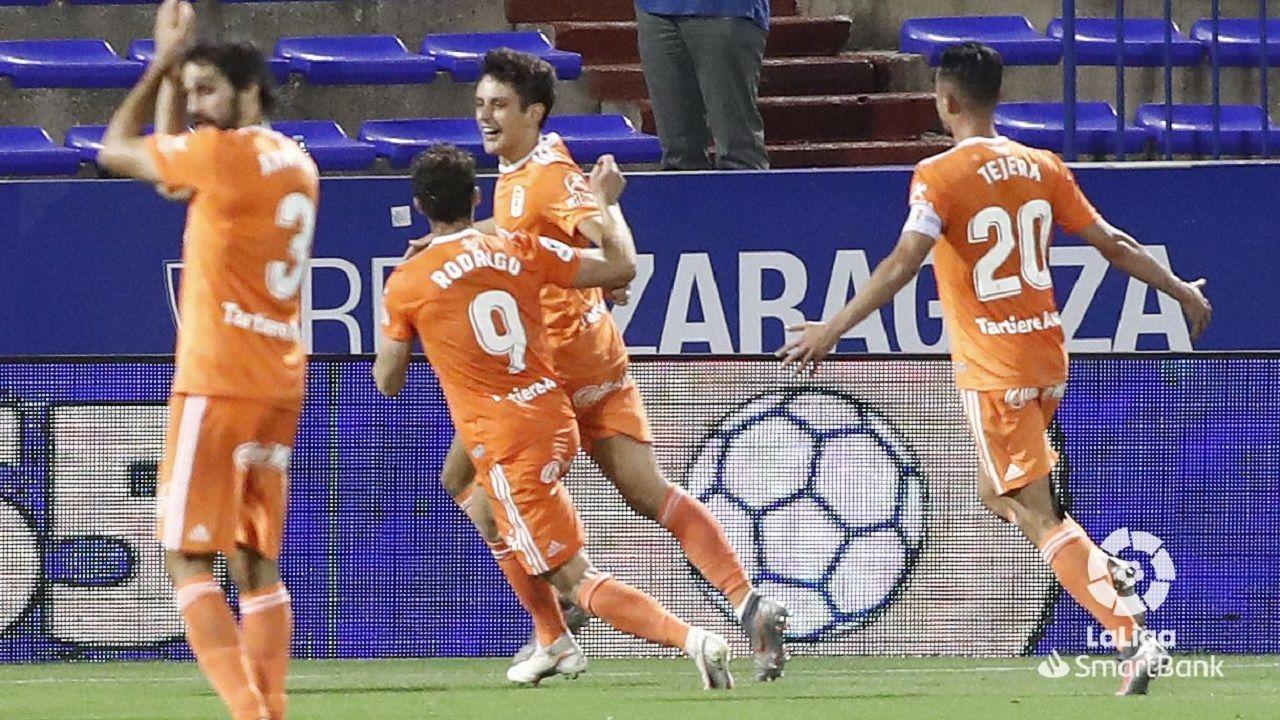 gol Sangalli Rodri Rios Tejera Arribas Zaragoza Real Oviedo Carlos Tartiere.Sangalli celebra el 0-2 ante el Zaragoza junto a Rodri Ríos y Tejera