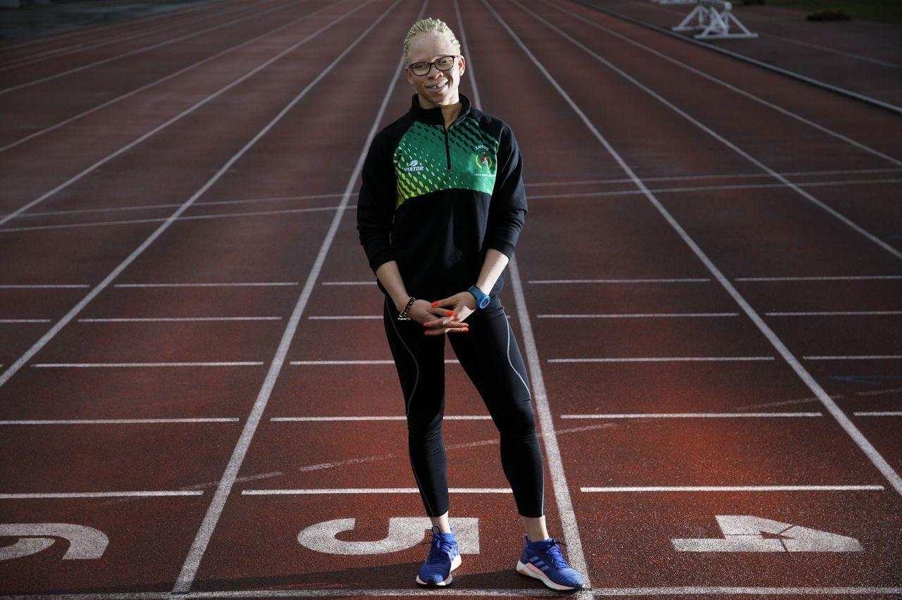 El atletismo pone luz en la vida de Adiaratou Iglesias, una «luchadora incansable». Así la define su entrenador, Adolfo Vila