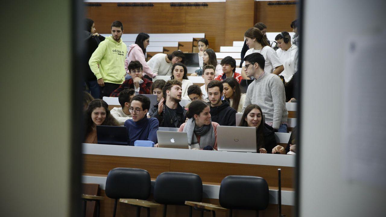 La normalidad presidió la vuelta de los estudiantes a las clases