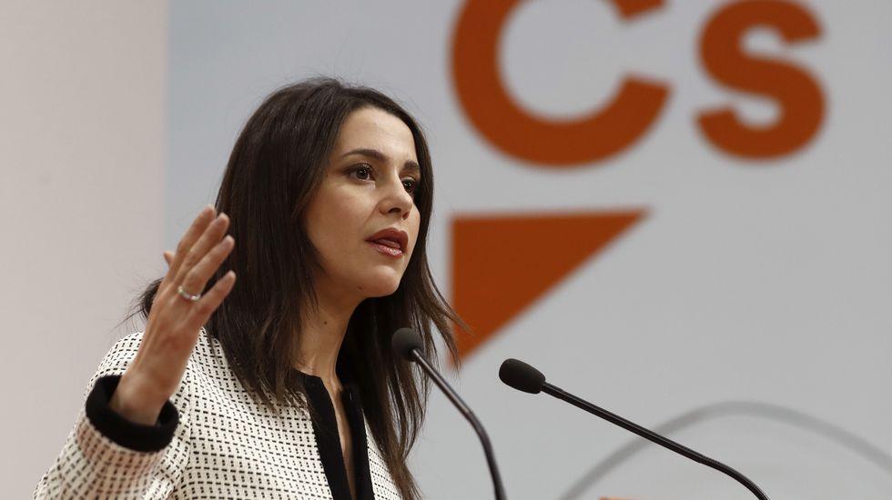 Arrimadas: «¡La que está liando el PP en Murcia!»