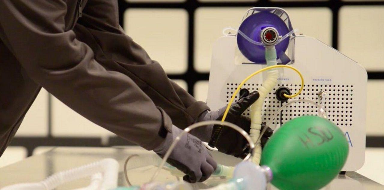 Imagen de archivo de la revisión de un vehículo en una estación de la ITV