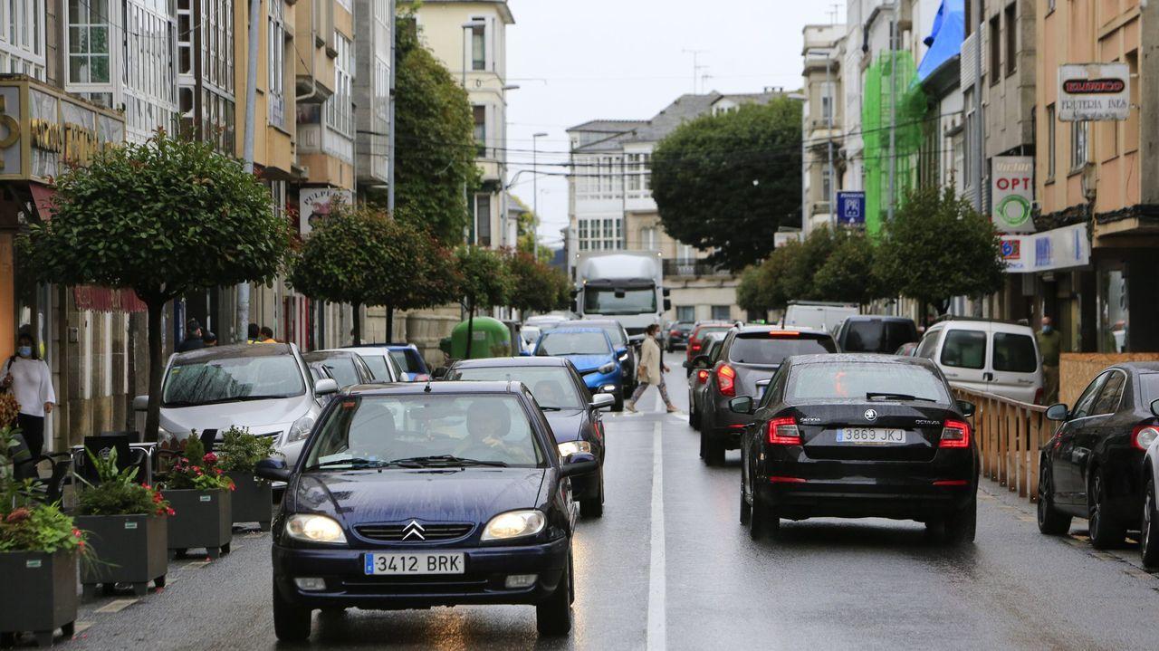 La rúa da Pravia es uno de los lugares de Vilalba en los que podría implantarse la zona azul