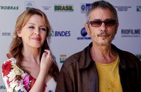 Kylie Minogue y Léos Carax, actriz y director de «Holy Motors»