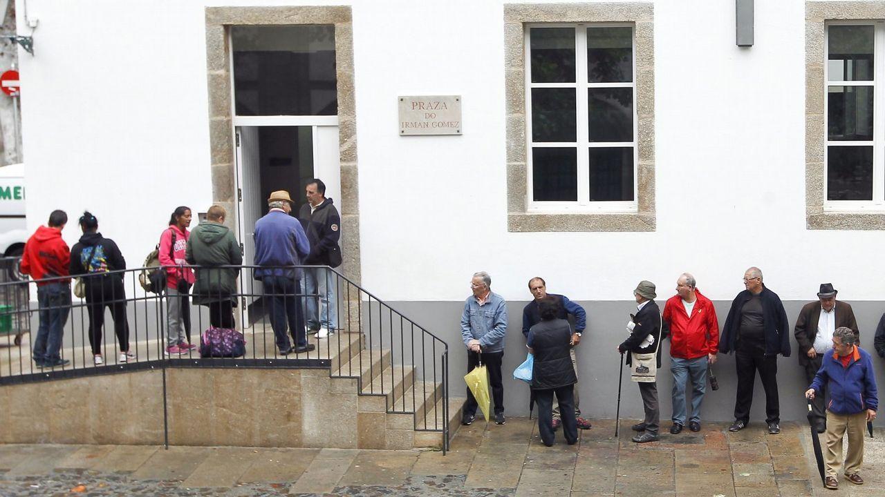 Inauguración del economato para personas necesitadas en A Coruña