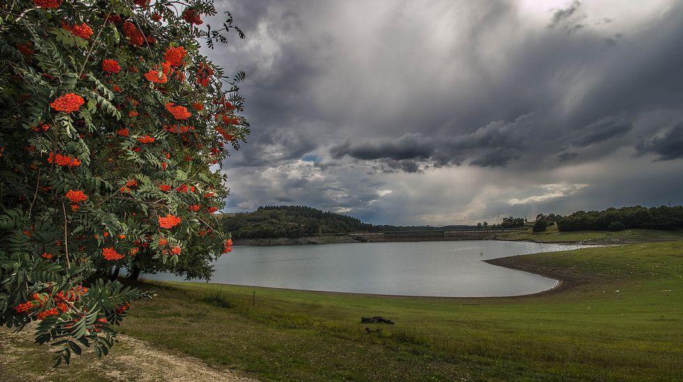 El embalse de Vilasouto, terminado en 1969, transformó el paisaje de la zona