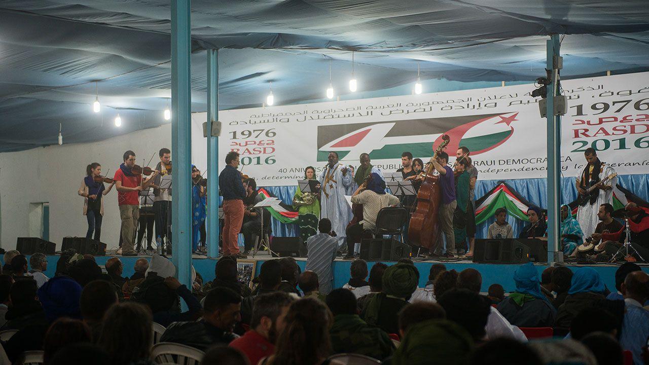 Concierto en el que participó un coro local y la Orquesta de Cámara de Siero (Ocas), en 2016