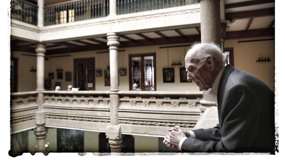 El Museo cerró su sede el 20 de enero de 2002 esperando reabrirla en un plazo de tres años.