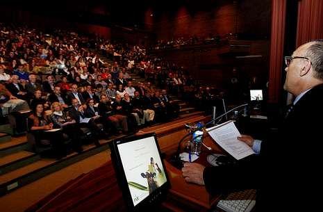 Quinientos profesionales asistieron a una reunión del Consello Galego de Colexios Veterinarios.