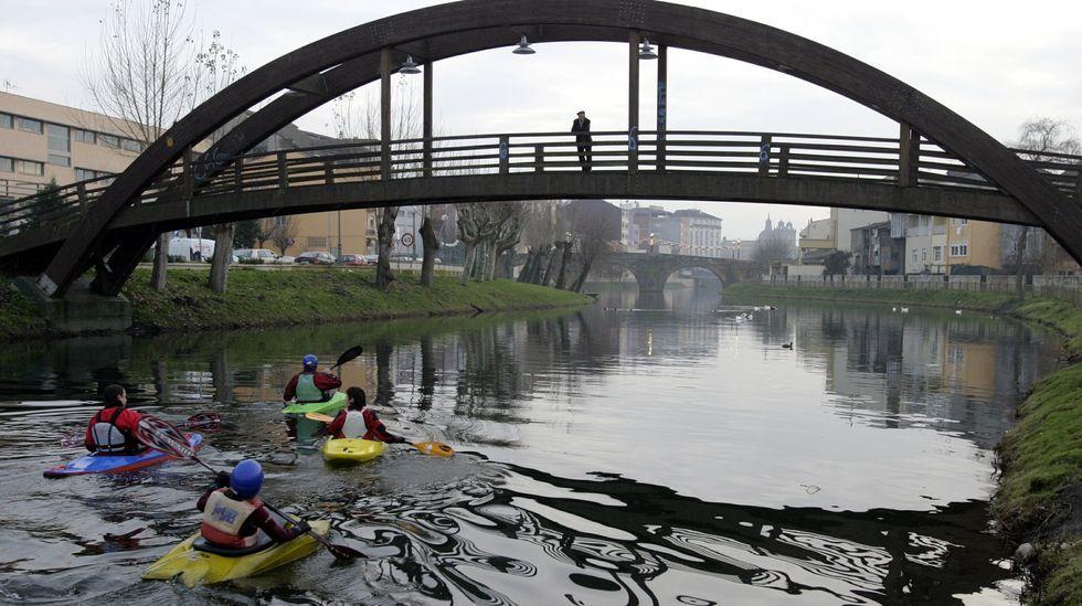 La plataforma se opone a la sustitución de la pasarela de madera por un puente abierto al tráfico
