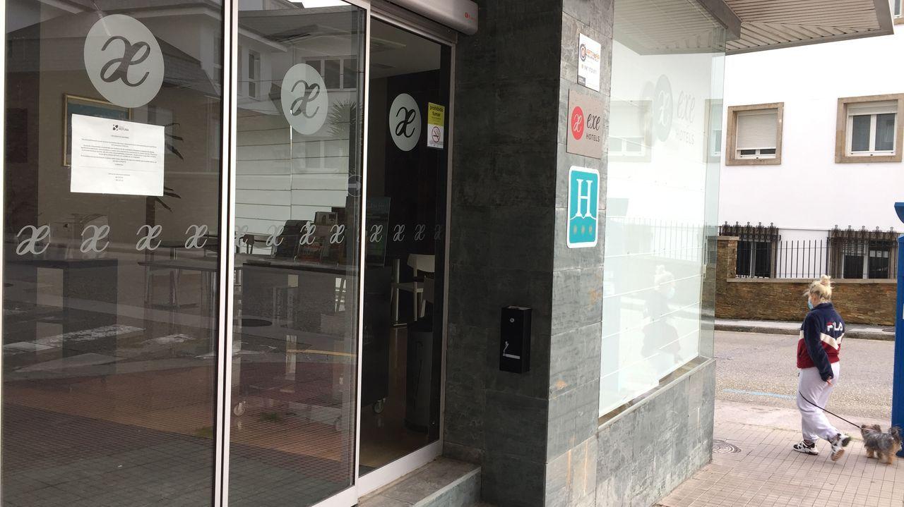 Toñita e Isolina.El hotel Puerta de San Pedro es uno de los que ha cerrado temporalmente en Lugo