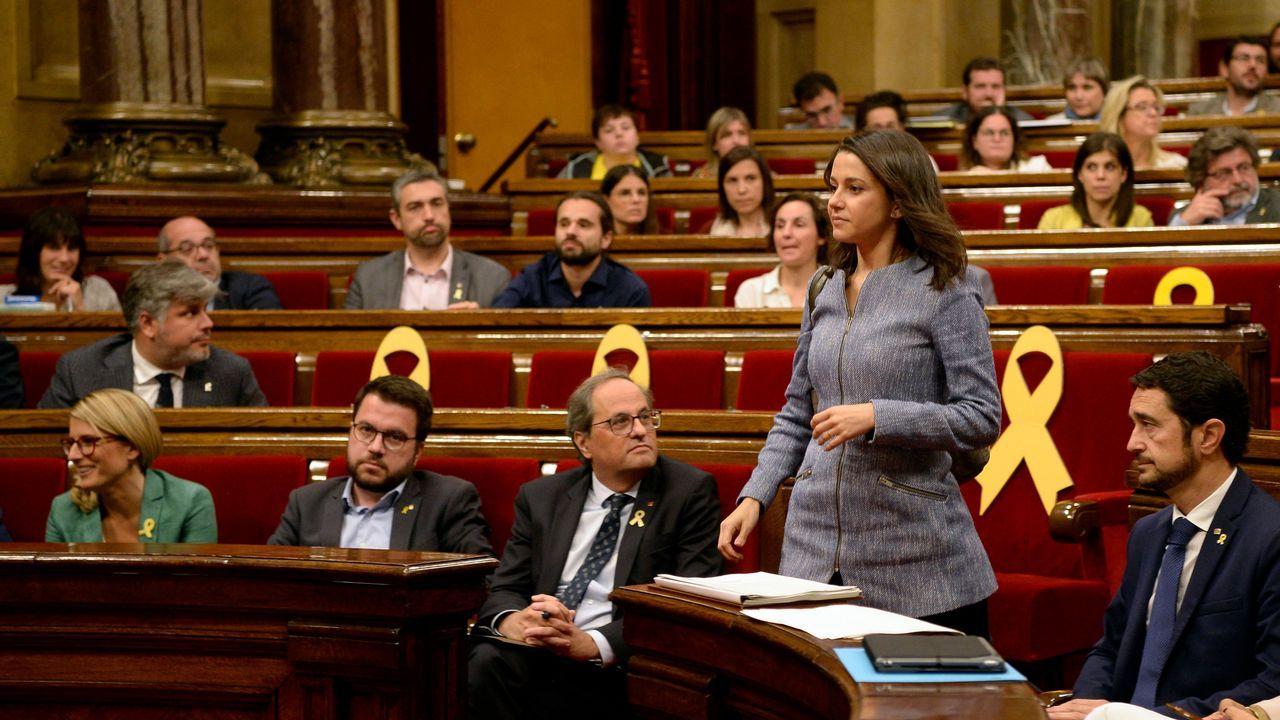 Quim Torra: «O se pacta una propuesta de autodeterminación o no podemos garantizar la estabilidad de Sánchez en el Congreso».Decenas de bomberos denunciaron el deplorable estado de sus parques de trabajo