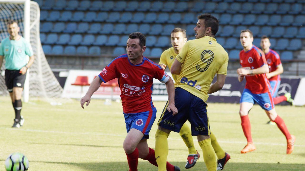 Iván Ania en su etapa como entrenador del Vetusta