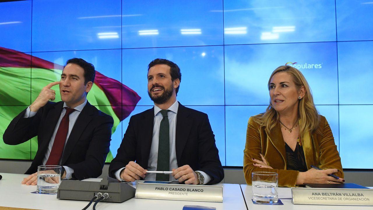 El líder del PP, Pablo Casado, junto a vicesecretaria de Organización, Ana María Beltrán y el secretario general del partido, Teodoro García Egea