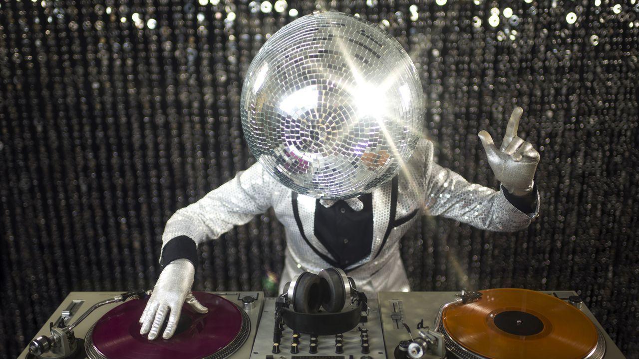 Noche de fiesta en una discoteca