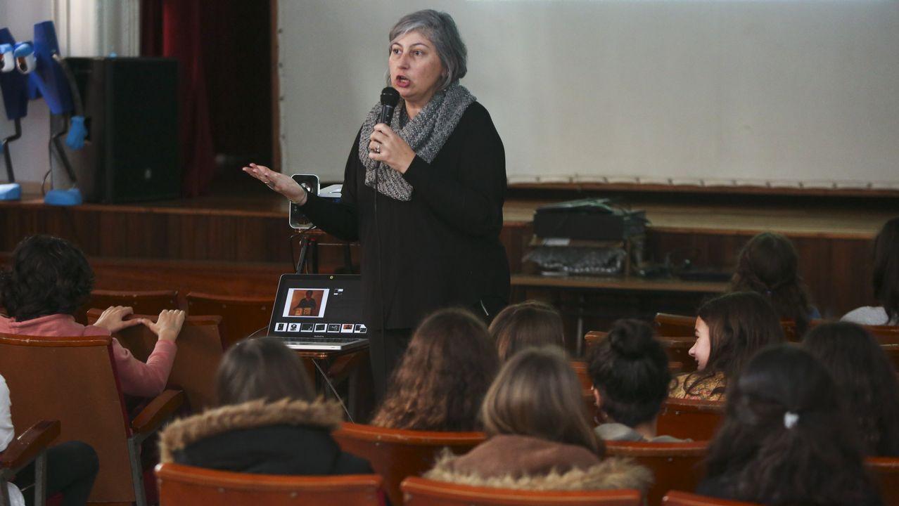 Luz Castro, informática y profesora del máster de Videojueos, impartió una charla a los estudiantes de Secundaria