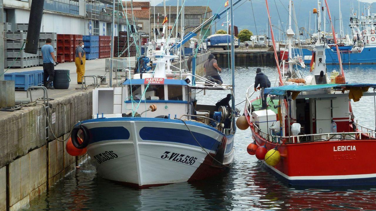 Dos de las tres embarcaciones retenidas en Santoña, el pasado sábado