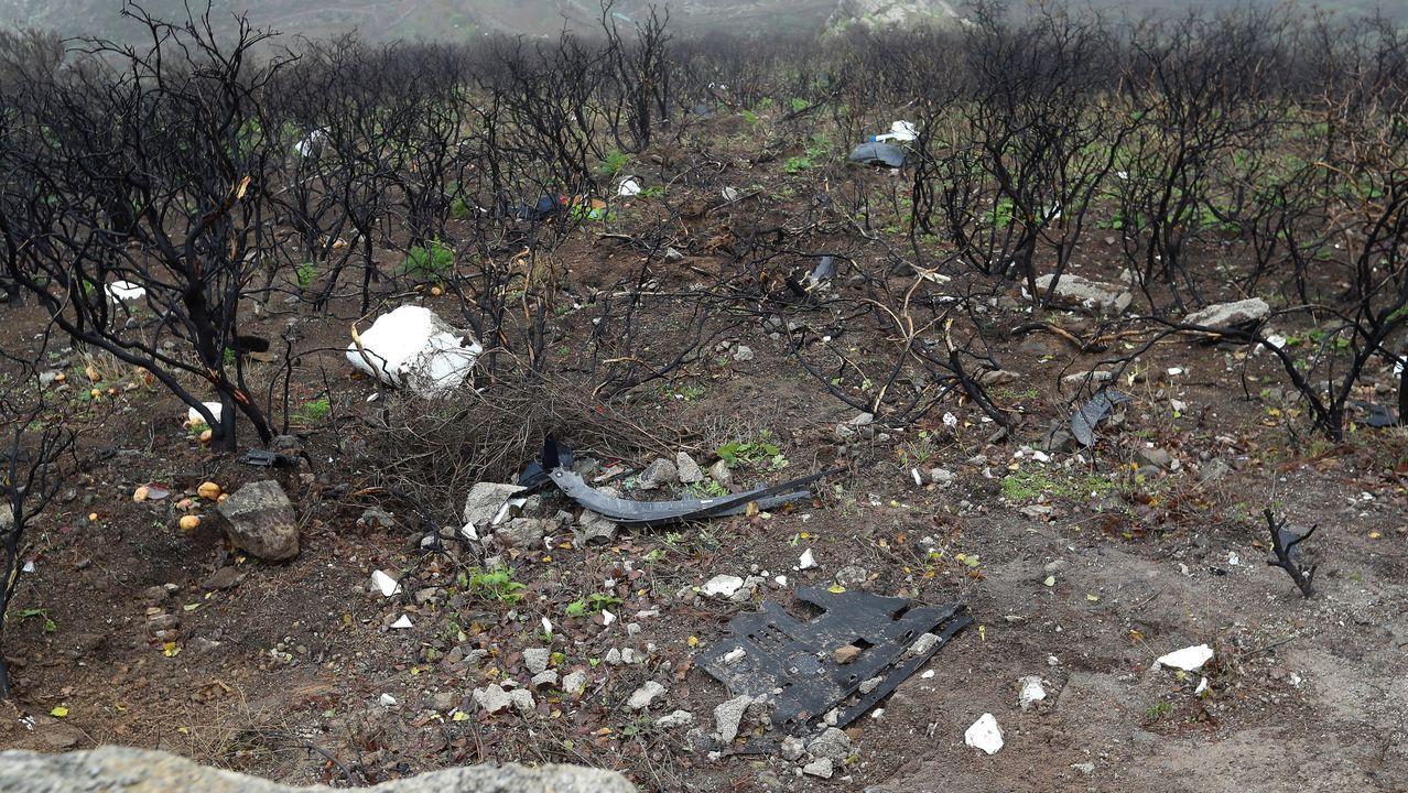Lugar por donde el coche se salió de la carretera y cayó por la ladera hasta el fondo del barranco unos 75 metros