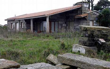 La edificación objeto de polémica se encuentra en la parroquia de Panxón.