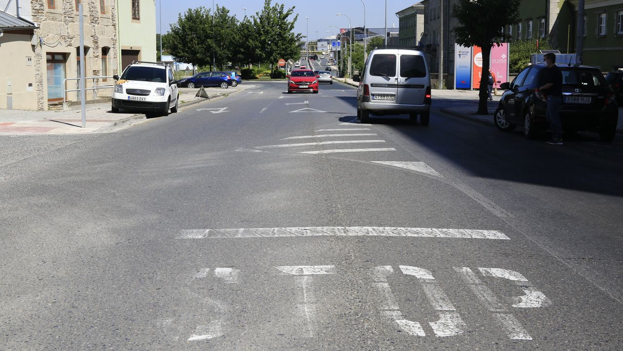 Marcas viales borradas en Garabolos